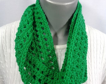 Green Scarf, St. Patrick's Day Infinity Scarf,  Indoor or Outdoor Spring Neckwear with Soft Yarn, Gift for Mom, Spring Accessory, Fashion