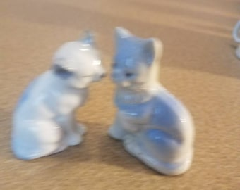Vintage Blue and Grey Cats figurines set of two