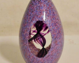 Pretty lavender paperweight with windows and swirl