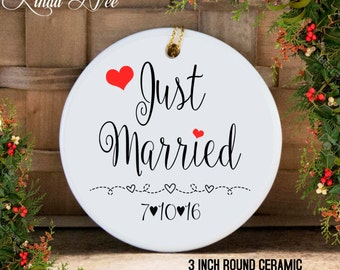 Personalized Just Married Christmas Ornament, Mr and Mrs Newlyweds, Wedding Gift, Just Married Ornament, Bridal Shower Gift, Mr and Mrs 1