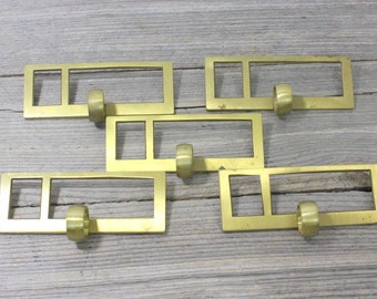 Vintage solid brass library card catalogue drawer pulls with label holders. Priced individually. Vintage hardware, hardware, pulls