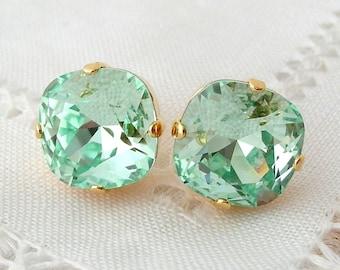 Mint earrings,Mint green studs,Mint bridesmaid earrings gift,mint wedding,mint Swarovski earrings,crystal stud earrings,Mint bridal earrings