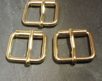3 loops brass 2.5 cm x 2 cm for sewing