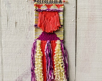 Pastel Salmon and Yellow Weaving // Woven Wall Hanging // Woven Tapestry // Fiber Art