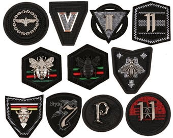 sew on bee patches,black metal bee patches,embroidery badges,appliques,bees appliques,fashion high quality letters patches,