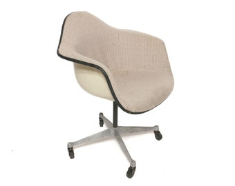 Vintage Herman Miller Padded Shell Chair by Charles Eames Wheeled Swivel Base
