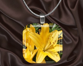Yellow Lily Glass tile Pendant with chain(CusFl22.7)