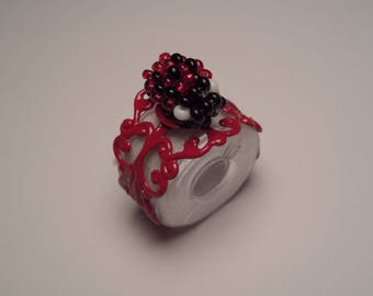 Adjustable ring red, little Ladybug with seed beads, black and Red