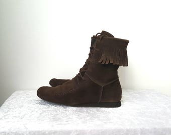 Brown Fringe BOOTS Size US 9.5 eu 40 UK 7.5 one Layer Fringes Boho Boots Bohemian Fringe Boots Brown Suede Boots in Great Condition