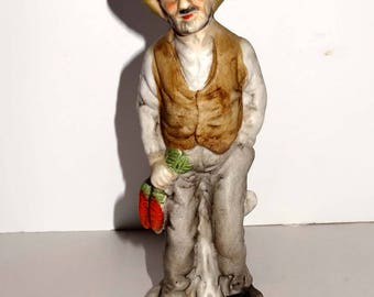 Country Man with Bunch of Carrots Porcelain Figurine Home and Garden Collectibles Figurines