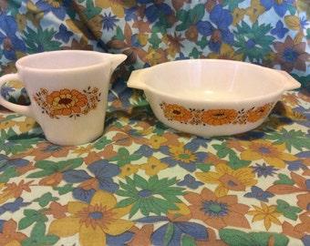 Vintage Retro 1970s JAJ Pyrex Sunflower Milk Jug & Small Casserole Bowl/Serving Bowl