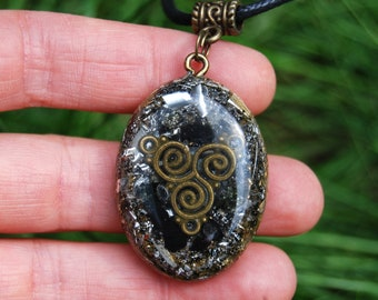 Moldavite and Shungite Orgonite® Orgone Pendant Necklace Oval Triskelion Unisex