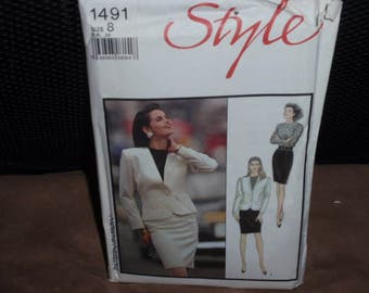 Style 1491 Misses Lined Jacket, Skirt, and Top Size 8  New - Uncut