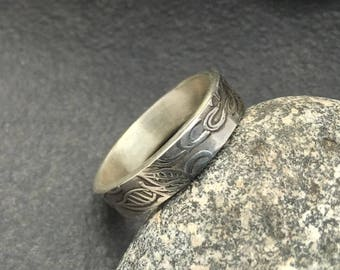 Solid sterling ring, unique textured pattern, size 5 and 3/4, simple and one of a kind