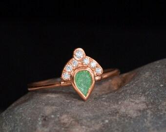 Crown ring Rose Gold - fan ring - green stone - princess - royal - art deco - statement ring - emerald ring -