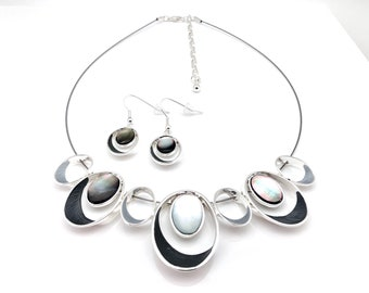 "Gray Silver Choker with Earrings // Non Tarnishing E-Coat Finish // 16"" Steel Choker w3""Extension"