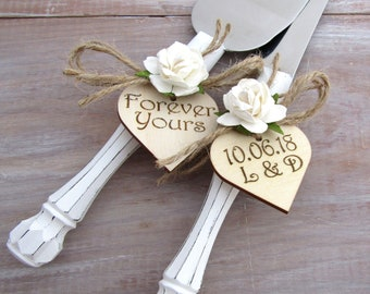 Rustic Chic Wedding Cake Server Knife Set White with White Flower Personalized Wood Hearts Bridal Shower Gift Wedding Gift