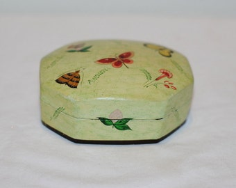 Lacquer Box, Vintage Hand Painted Box From India, Vintage Lacquer Box with Butterflies, Trinket Box, Green Box with Flowers, India Art