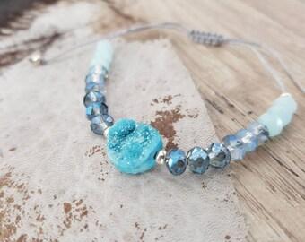Filigree beaded bracelet with glass beads and strangles-Blue Druzy Macrium