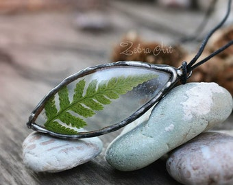 Real Fern necklace, Handmade Forest Fern pendant, Woodland jewelry, Terrarium jewelry, Plant jewelry,  Nature jewelry, Botanical necklace