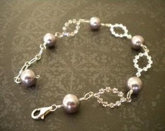 Wedding bracelet, weddings accessories Bridal pearl bracelet, bridal bracelet, vintage style  LAUREN PB017