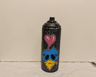 Heartbrain skull spraycan