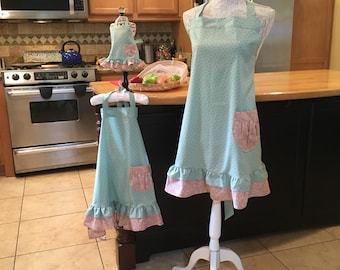 Mother daughter doll aprons