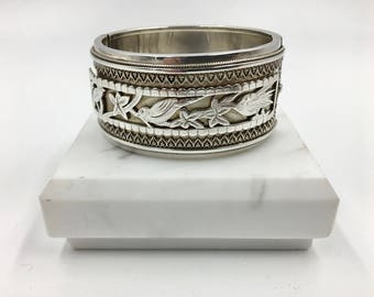 Sterling English Victorian bangle bracelet