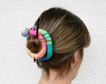 Runde Haarschieber, Schal Brosche, lange Haarspange Flexible Dutt wickeln, schrulligen Fascinator, Textil Stick Clip, rosa, gelb, hellblau