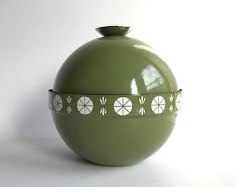Cathrineholm VIKING enamel lidded bowl, green, MINT Highly collectible Scandinavian design Grete Prytz Kittelsen Norway / mid century modern