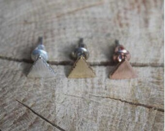 Triangle Earrings-studs earrings-brushed-minimalist-silver-gold-Róse Gold