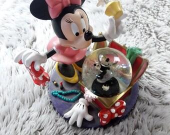 Minnie Mouse Disney Snowglobe Fashion trunk Clothes Diva Snow Water Globe