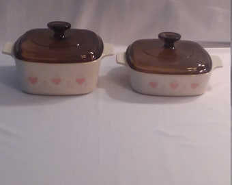 2 Corning Ware Forever Yours Covered Casserole Dishes, 1 Quart and 1 1/2 Quart Sizes
