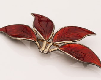 Vintage Willy Winnæss, David-Andersen, Norway. Sterling Silver Red Enamel Brooch Pin