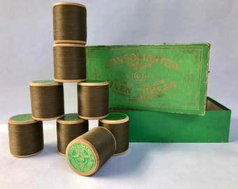 8 Spools Antique Consolidated Irelin Linen Thread Like New Mint Condition Unused Wood Spool Linen Carpet Thread Color Mid Brown Soft Finish
