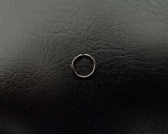"20g 18g 16g 5/16"" (8mm) Black Seamless or Hinged Seamless Septum Daith Helix Nipple Cartilage Ring Hoop Lip ring Nose Ring 316lvm Steel"