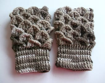 dragonstitch crochet fingerless gloves