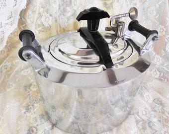 Vintage Molded Aluminum, Art Deco Minit Maid or Minitmaid Pressure Cooker, Interesting Seamless Mid Century, Art Deco Design