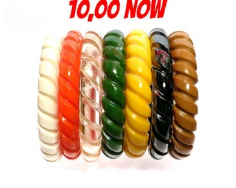 SALE!!! wonderful fab-a-lite bakelite reproduction bangle 40s look rope design all colors!