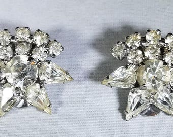 Vintage-Silver-Rhinestone-Earrings-Clip On's-Earrings-Jewelry-Accessories