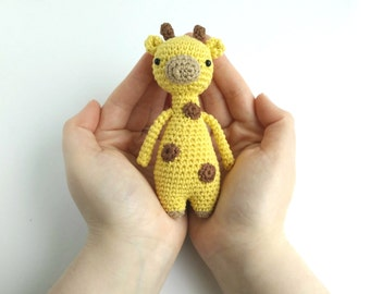 Mini Giraffe Crochet Amigurumi Pattern