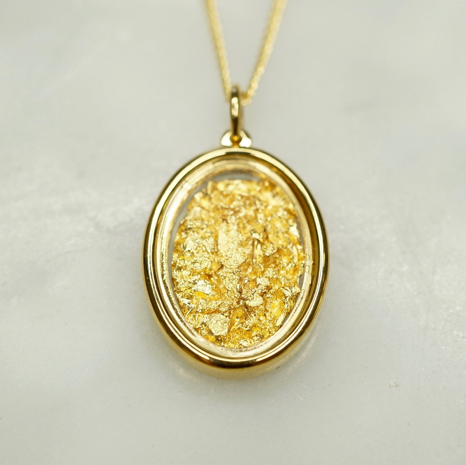 pendant sydney gold evan metallic yellow leaf jewelry lyst in necklace