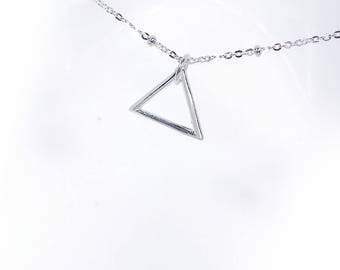 Simple Triangle Line Necklace in Solid Sterling 925 Silver (SN053)