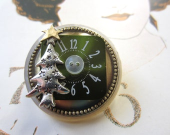 Silver Tree Time Brooch