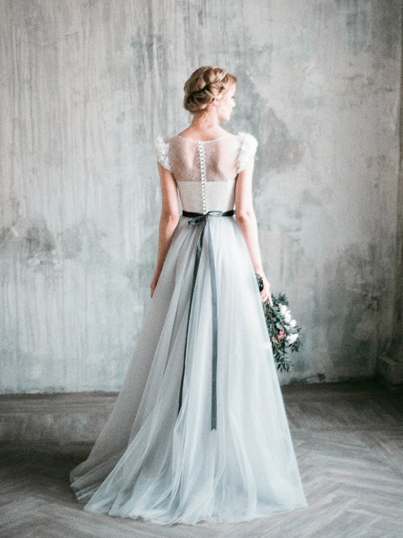 Romantic grey wedding dress neva lace and tulle junglespirit Image collections