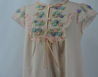 1960s Gileaf Pink Embroidered Nightgown, 1960s Nightgown, Nightgown, Vintage Nightgown, Vintage Lingerie, 1960, 1960s, 60s Nightgown,