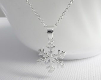 Snowflake Necklace, Sterling Silver Snowflake Pendant on Sterling Silver Necklace Chain, Bridesmaid Necklace, Flower Girl Necklace