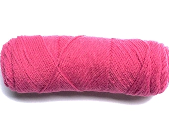 SALE - pink  Acrylic 4 Ply Worsted Yarn - Last one left