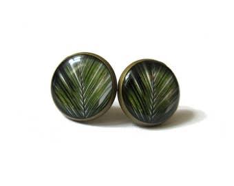 Palm tree stud earrings - Palm leaves - beach earrings - summer earrings - vacation earrings - girlfriend gift - teens gift - sun jewelry