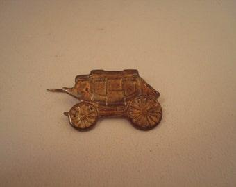 Vintage stagecoach tie pin